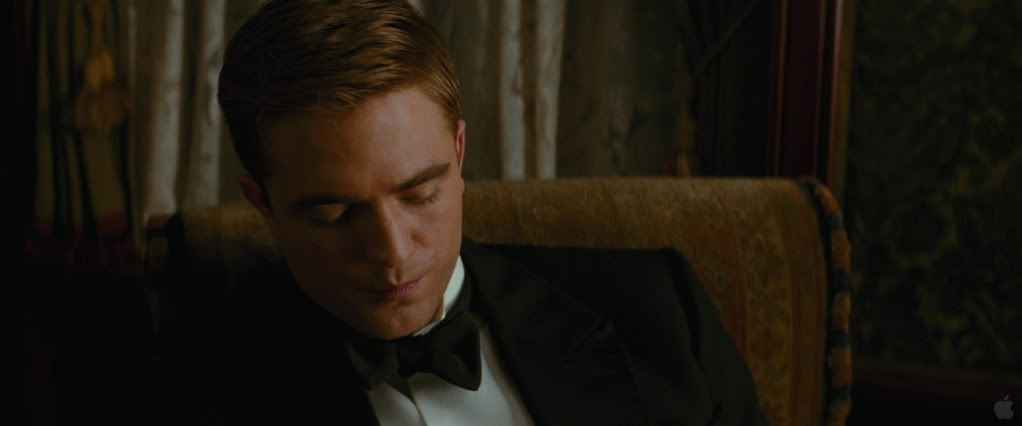 Water For Elephants galery - Page 2 Pattinsonlife862