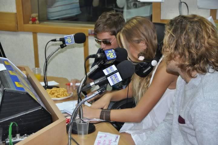 Рочи,Гастон и Нико во израелска радио програма! 198979_207349115943400_100000049404271_816789_4831397_n