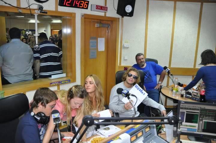 Рочи,Гастон и Нико во израелска радио програма! 200503_207346882610290_100000049404271_816765_5138801_n