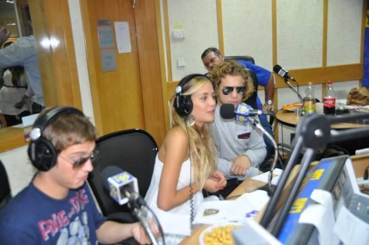 Рочи,Гастон и Нико во израелска радио програма! Sacfjpg