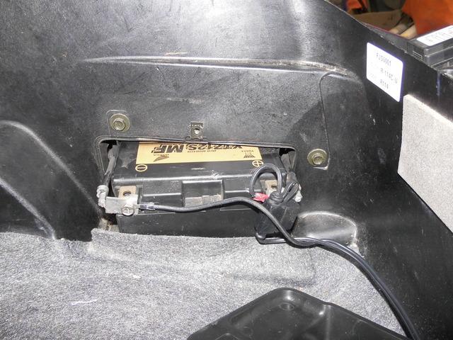 New Yuasa Battery Polarity is reverse from original DSCI0040_zpszruzukvd