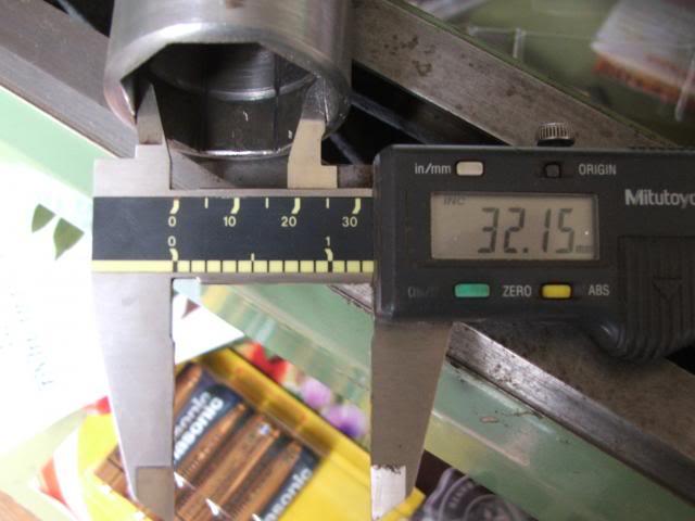 Steering stem top nut octagonal socket DSCF0294_zps6fb78fb3