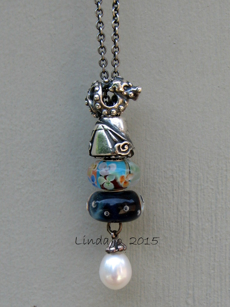 Show me your fantasy necklace! Shanghai%20fn%20beads27may2015%20023-001_zpsbzcfumy7