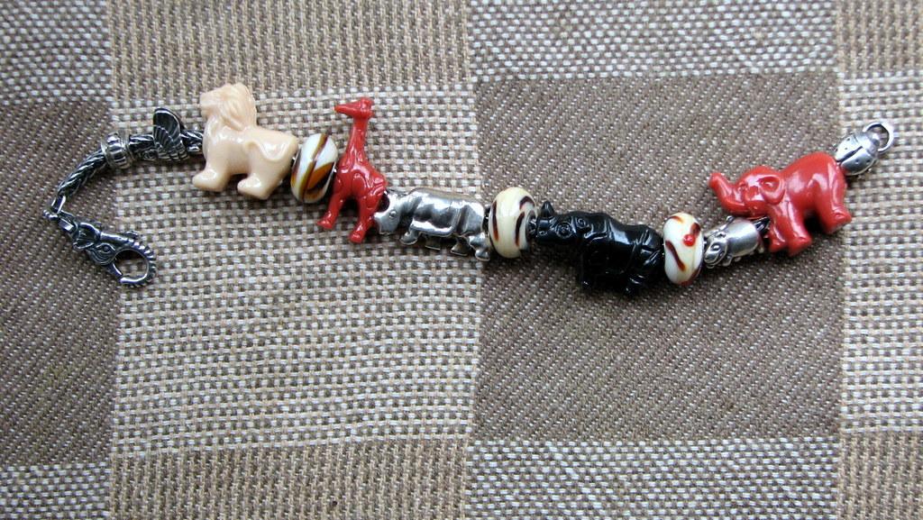 Fun beads Animal%20crackers%20beads%202%20apr%202015%20006_zps79usz1mo