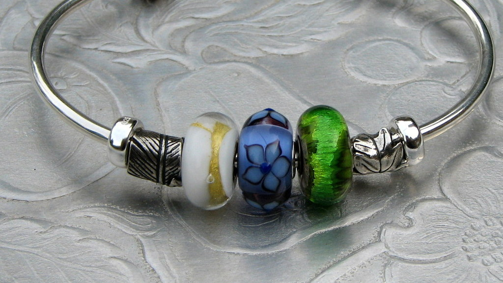 Good Luck starter bracelets - beads to go with Suggestion%20crown%20earth%20five%20may%20again%20013_zpsb2yqvftt
