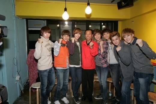 [141011] U-Kiss le da promoción gratis a Gangwon-do 20111014_1318561567_74815100_1