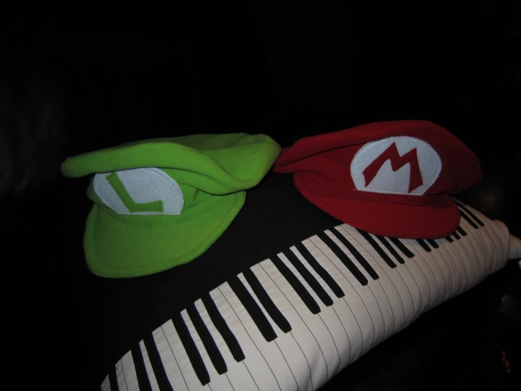 Cappelli Mario e Luigi bros! IMG_0018