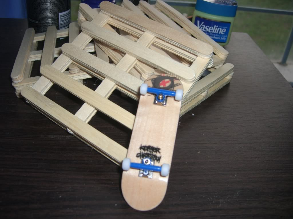 your fingerboard set-up - Page 8 Homemadepalletes