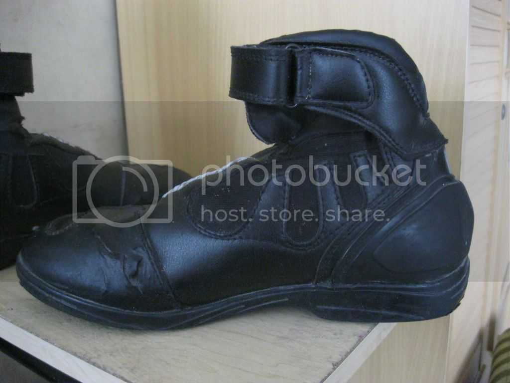 FOR SALE: Motorcycle boots/shoes IMG_2249