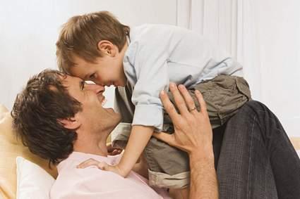 LFM2. CAPITULO 12 Incontinencia-relacion-padres-e-hijos_zps4ff53671