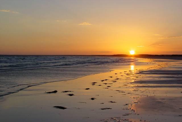 ¿Que Hay De Mi? Capitulo 17  18798d1301066208-amanecer-en-la-playa-fotos-amanecer-en-la-playa