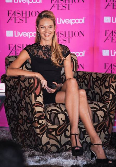 ¿Que Hay De Mi? Capitulo 20  Candice_swanepoel_fashion_fest_liverpool_in_mexico_city_aug_29_2012_iIdMvYhsized_zps7484d2b7