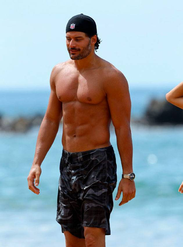 ¿Que Hay De Mi? Capitulo 19 Joe-manganiello-shirtless-hawaii-2_zps8661fdcd