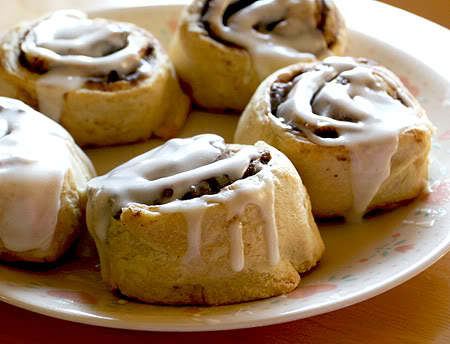 Veronica Taylor (La Fuerza Mayor) Cinnamon-rolls
