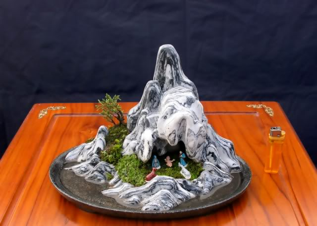 "Christmas cave ""Mini Bonsai"" Hangbelem640x480"