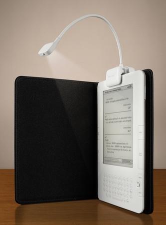 Телефоны, смартфоны, электронные гаджеты - Страница 2 Belkin-eBook-Light-for-Amazon