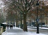Париж - город любви и цивилизации Th_8