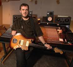 Robin Guthrie - мастер изумительного гитарно-электронного эмбиента RobinGuthrie