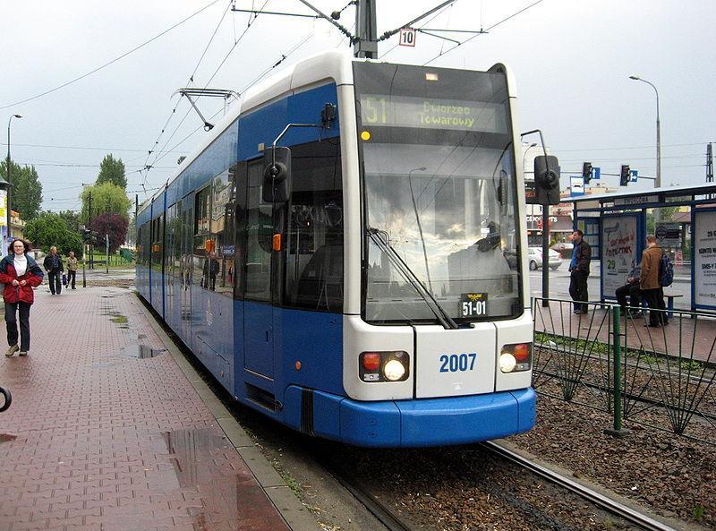 Дизайн общественного транспорта Tramvay_v_Krakove_Polsha-7_zps328aadd4