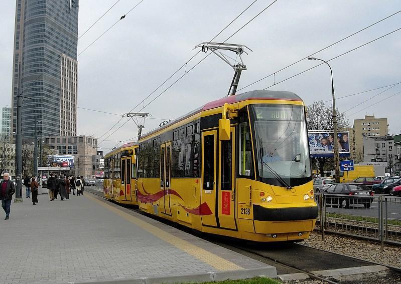 Дизайн общественного транспорта Tramway_warsaw_zps1f7c7324
