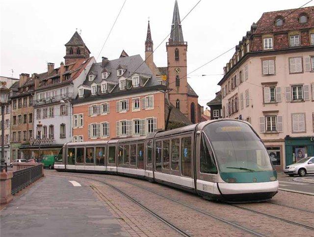 Дизайн общественного транспорта Streetcar2_zps0bd97bc1