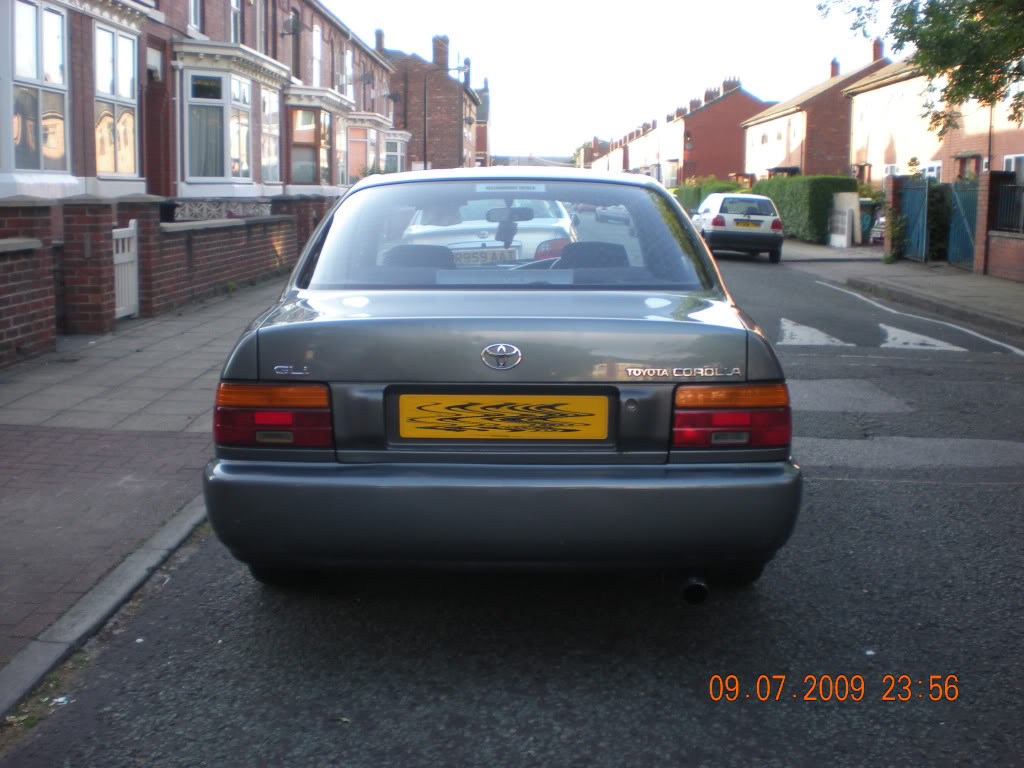 Saloon rear lights & Garnish DSCN1577