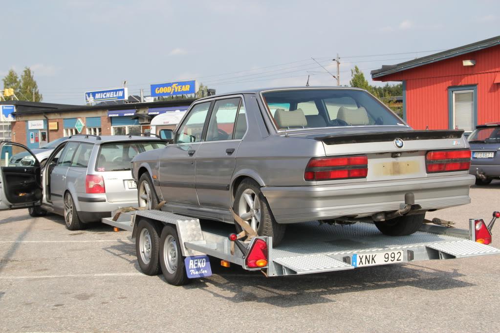 E-Tech - BMW E28 M535i med Diesel IMG_5049
