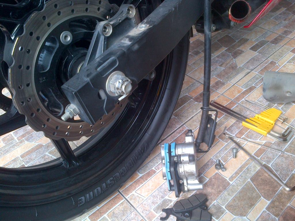 bendix brake pad mantab bro IMG-20120421-00042