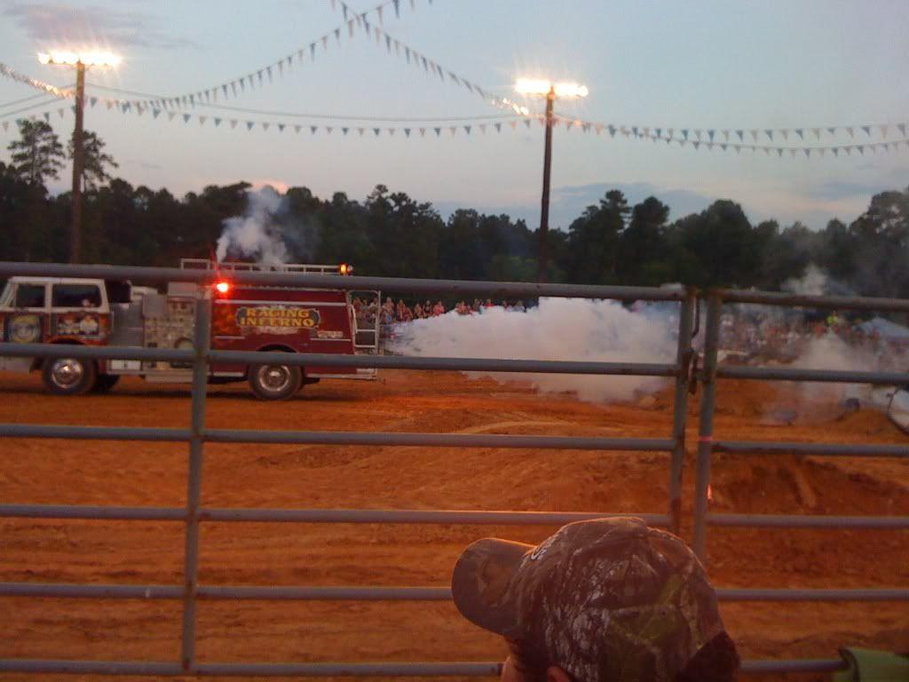 monster trucks friday night  Fe30ea78