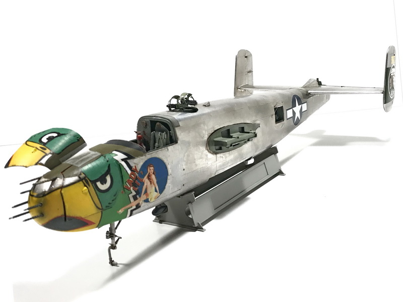 "MWP Project: North American B-25J  Mitchell ""Lady Lil"" 1/32 scale Gallery_27"