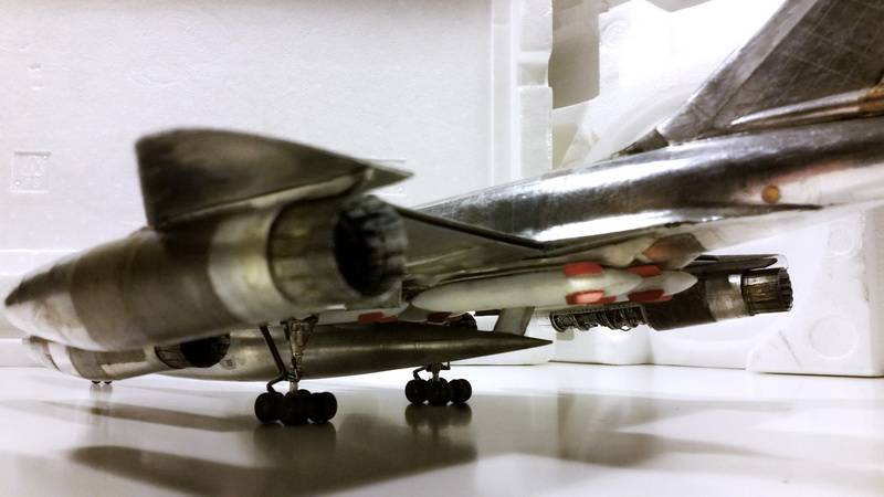"Project B58 Hustler Monogram kit 1/48 scale model : Nuclear bomber of the ""Cold War"" 20150604_224435"
