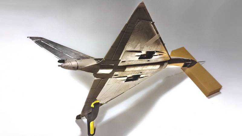 "Project B58 Hustler Monogram kit 1/48 scale model : Nuclear bomber of the ""Cold War"" Mwp_36"