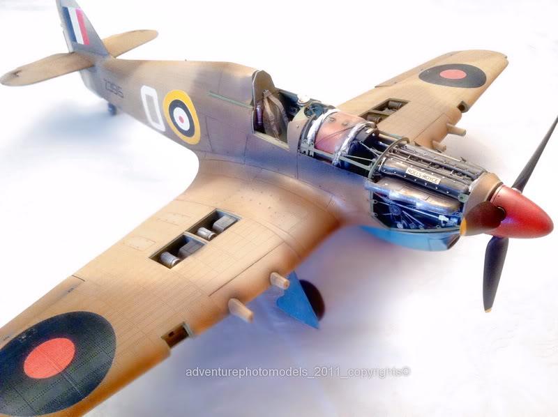 Hawker Hurricane MkII/c Trop - Trumpeter scale 1:24 IMG_1635_copycopy