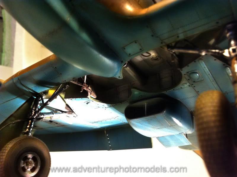 Hawker Hurricane MkII/c Trop - Trumpeter scale 1:24 IMG_1783