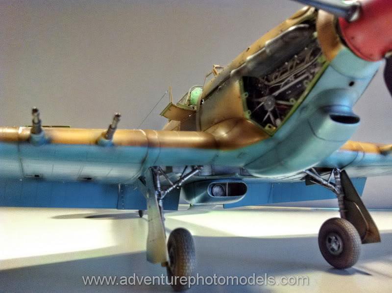 Hawker Hurricane MkII/c Trop - Trumpeter scale 1:24 IMG_1827