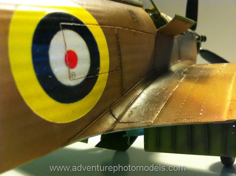 Hawker Hurricane MkII/c Trop - Trumpeter scale 1:24 IMG_1857