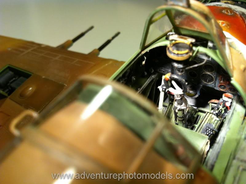 Hawker Hurricane MkII/c Trop - Trumpeter scale 1:24 IMG_1883