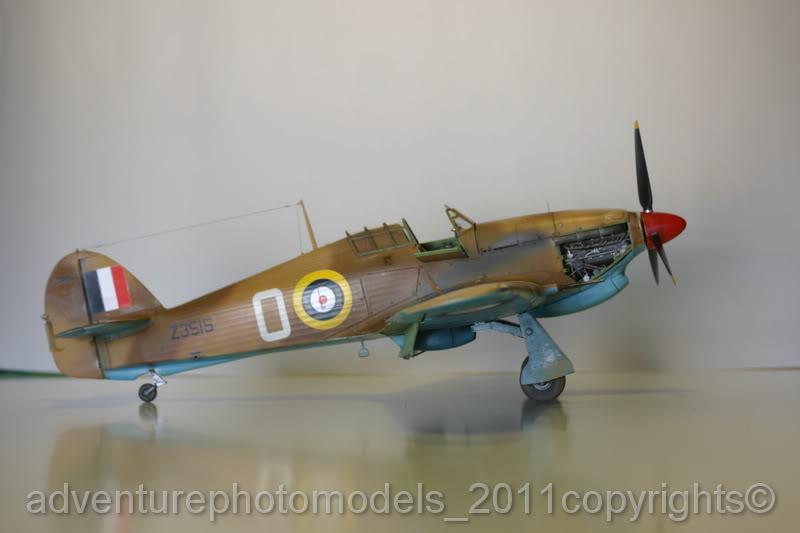 Hawker Hurricane MkII/c Trop - Trumpeter scale 1:24 IMG_8237