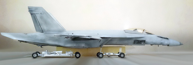 Boeing F/A - 18E Super Hornet Trumpeter kit scale 1:32 20131023_232342copy_edited-1
