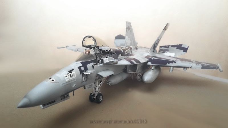 Boeing F/A - 18E Super Hornet Trumpeter kit scale 1:32 20131120_190227_edited-1