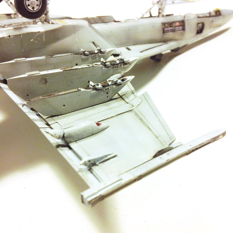 Boeing F/A - 18E Super Hornet Trumpeter kit scale 1:32 IMG_0810