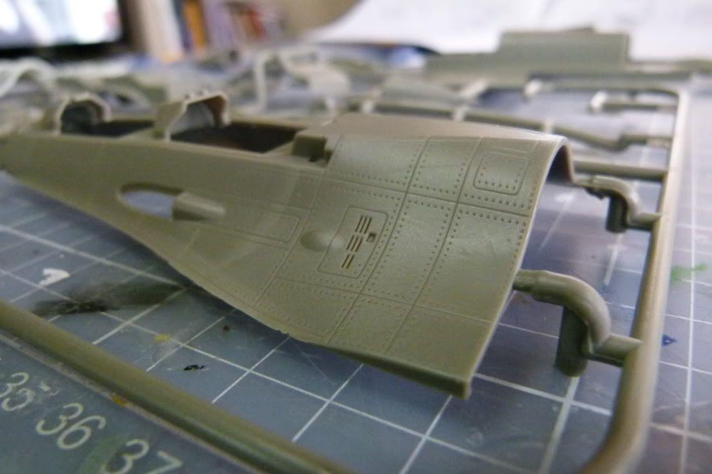 F-16D Block 50 1/48 de Kinetic Model P1010044