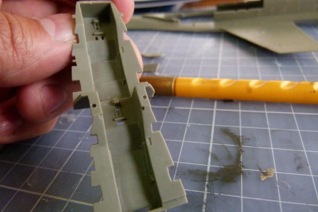 F-16D Block 50 1/48 de Kinetic Model P1010051