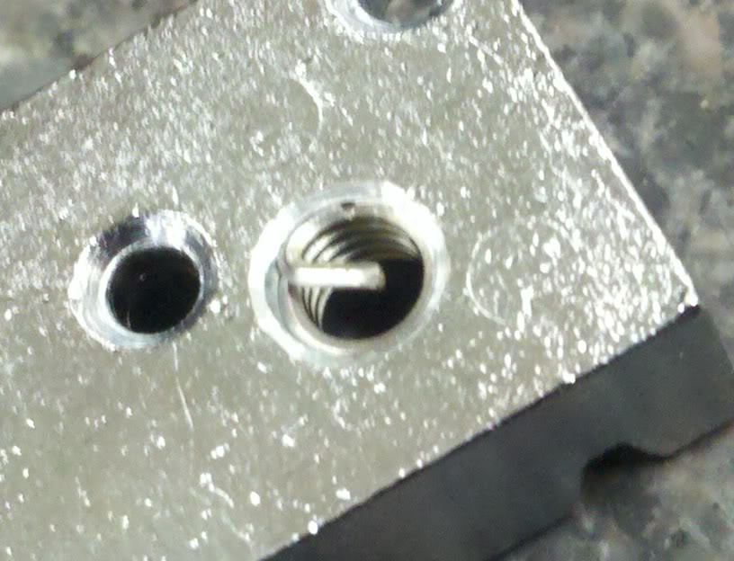 locking - Repairing a Bendmaster locking nut with Helicoils Backside