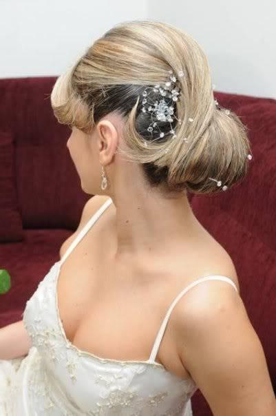 Невестинска фризура 55