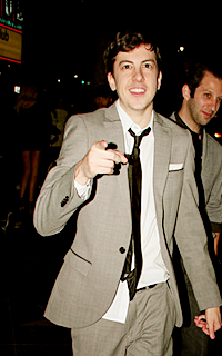 Christopher Mintz-Plasse alias Edward Horvath 004-7