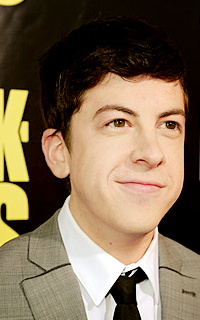 Christopher Mintz-Plasse alias Edward Horvath 009-3