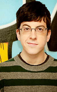Christopher Mintz-Plasse alias Edward Horvath 010-3