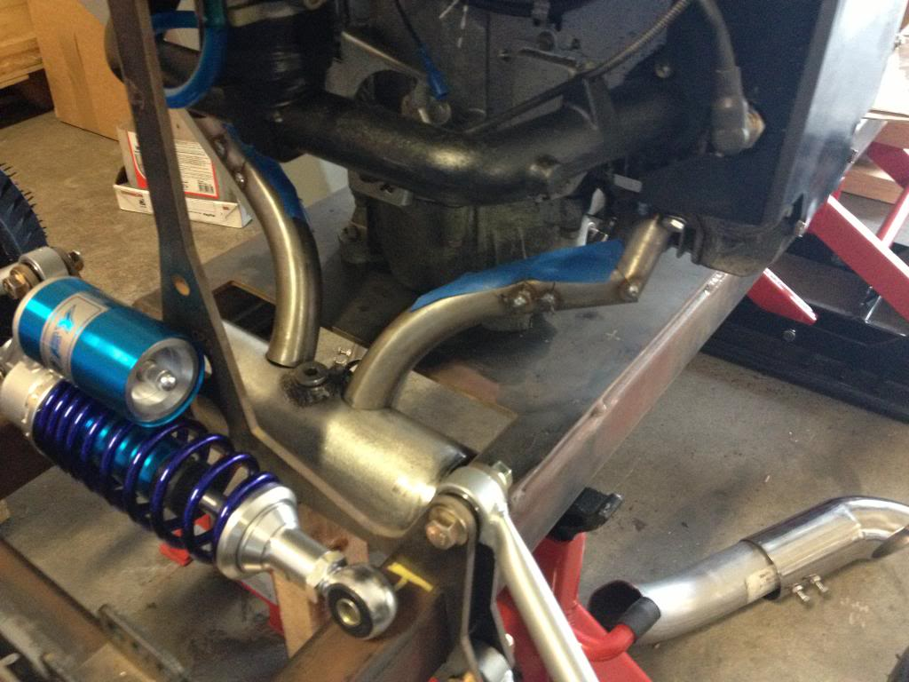 New Custom Briggs Opposed Twin Exhaust? IMG_1778_zps0ae996df