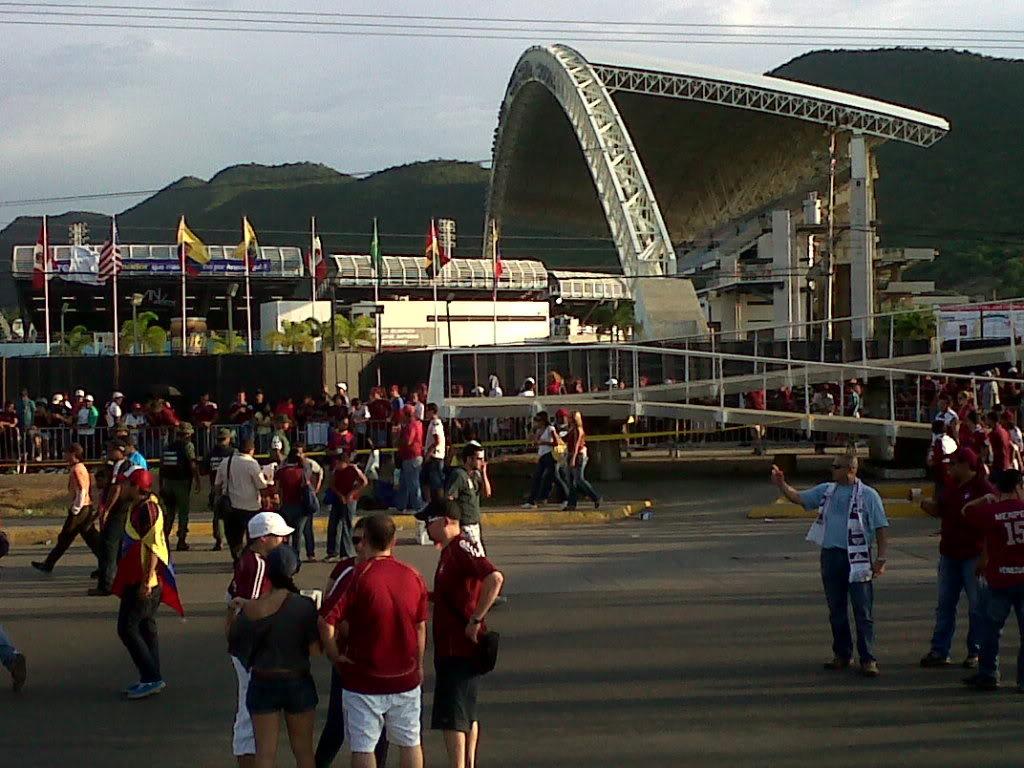 Eliminatoria | Venezuela vs Chile | Pto la Cruz| 09/06/12 | 6:05 pm - Página 5 IMG00401-20111011-1639